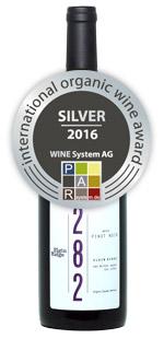wine-pinot-noir-silver-iowa.jpg