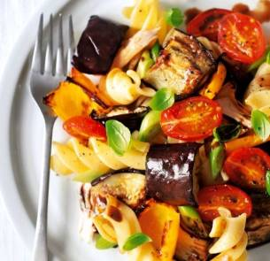 warm-roasted-vegetable-chicken-pasta-salad__square